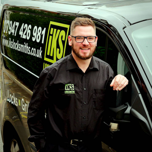 burglary repairs specialist master locksmith