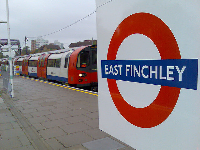 east finchley tube sign
