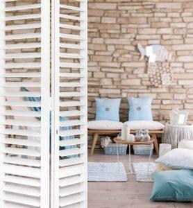bi-fold aluminium plantation shutters