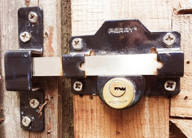 Perry long throw gate lock